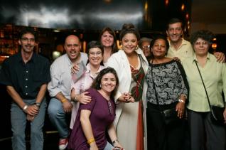 Como não poderia deixar de ser, a fabulosa Fabiana Cozza veio nos dar um super abraço.