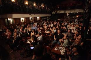 A média de público era essa mesmo....cerca de 400 a 500 pessoas em todo o Sala.